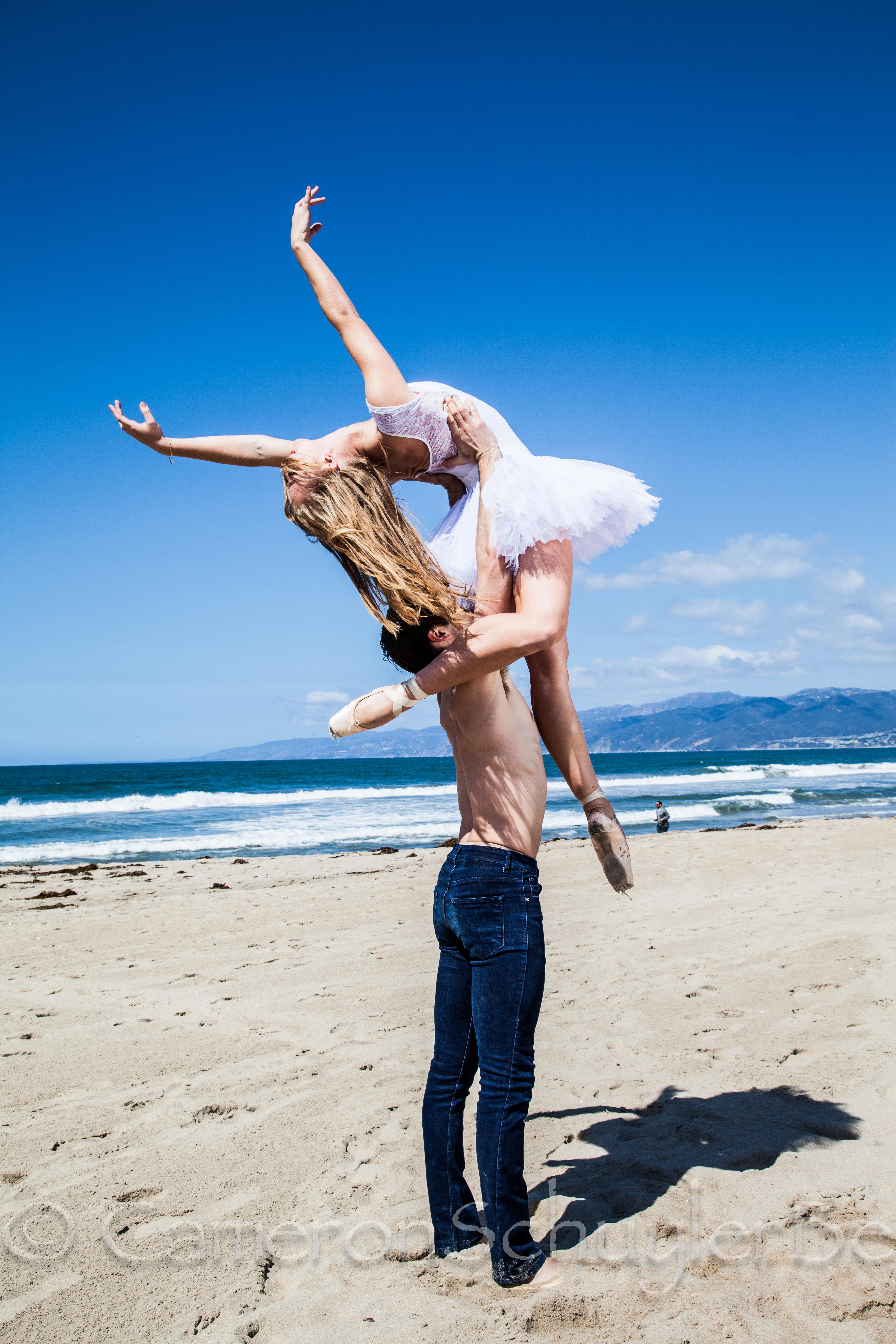 Dancers of Los Angeles Ballet