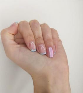 nails 4-min.jpg