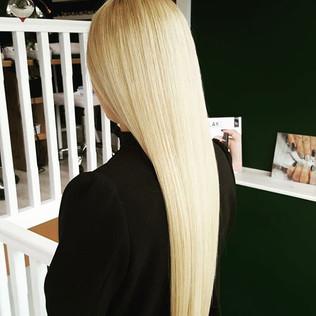 Very long blonde hair