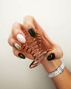 nails 14-min.jpg