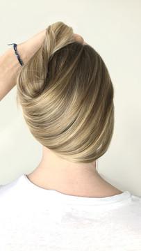 Sandy balayage hair