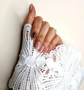 nails glitter.jpg