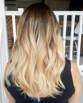 Long hair blonde balayage
