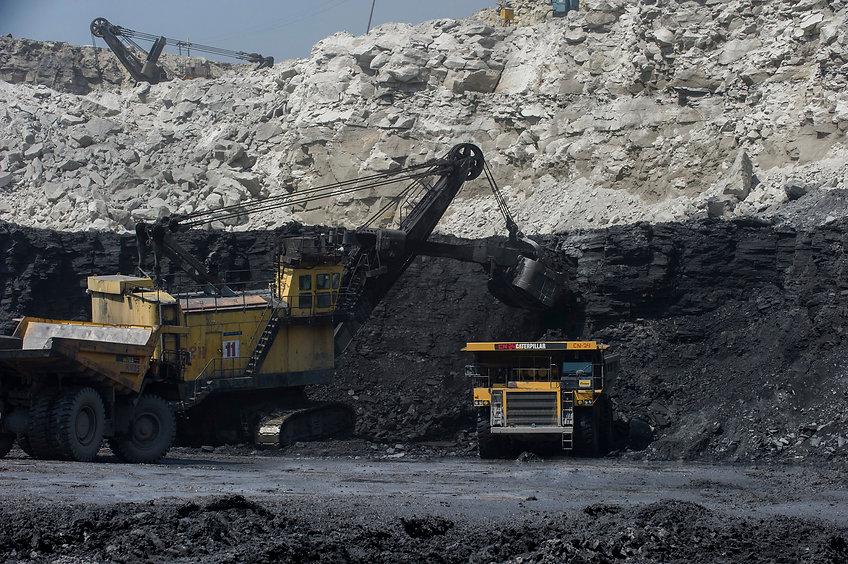 Shovel Loading Coal in the Dumper.jpg