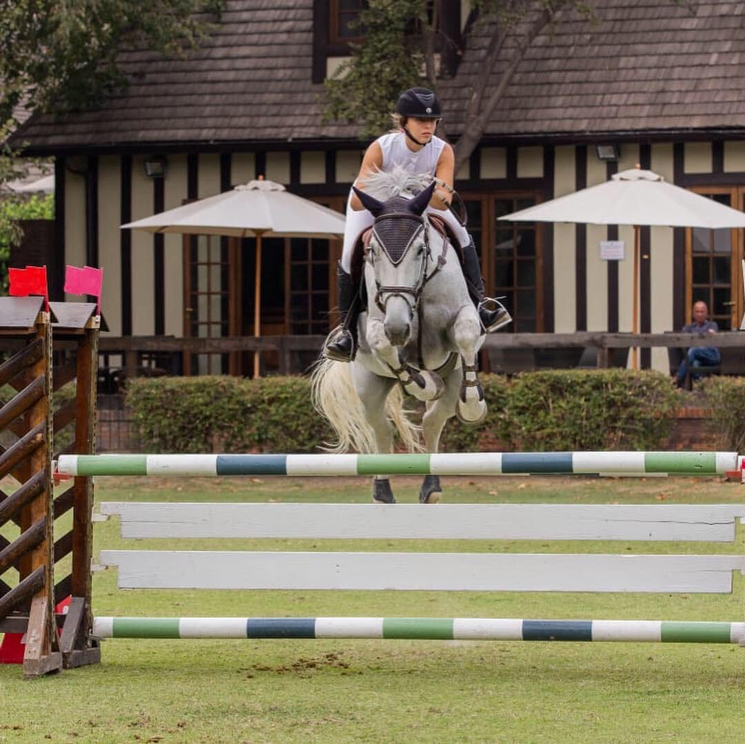 En competencia de salto