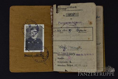 FELDHERRNHALLE Soldbuch to W. Menzel