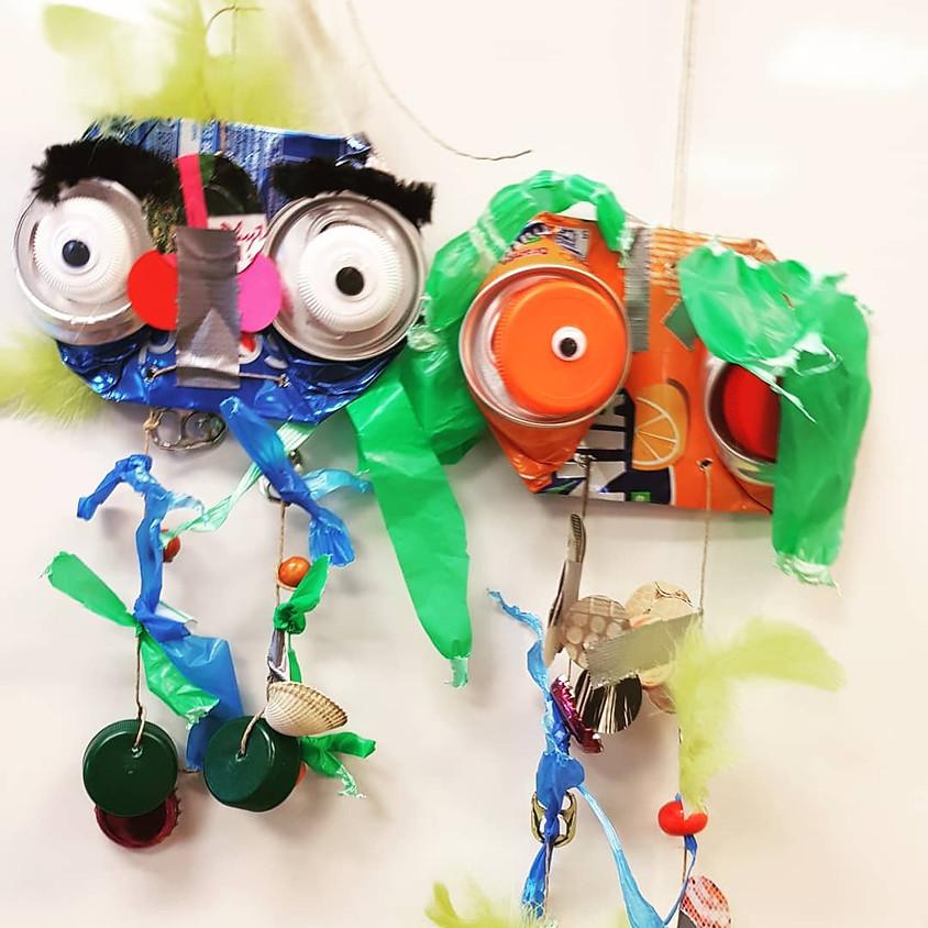 """Atelier """"Le mobile des déchets"""" à la fête de quartier à Noisiel"""