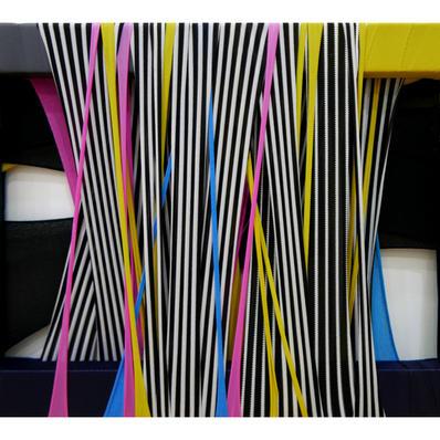 FabricDrawing#91,fabric,frame,34.4x24.2cm,2020