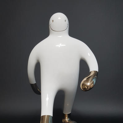 Island Boy_22x33x36_Bronze, acrylic urethane_2020