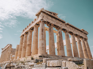 BEAUTY THROUGH THE AGES: ANCIENT GREECE