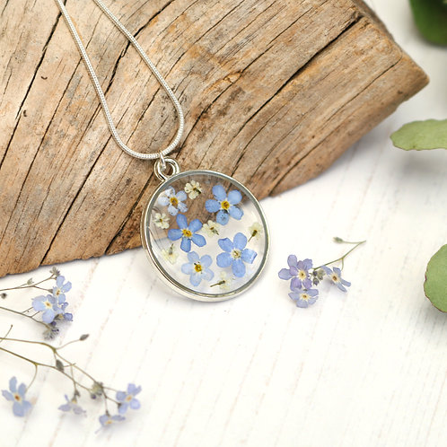 Forget me not silver circle necklace