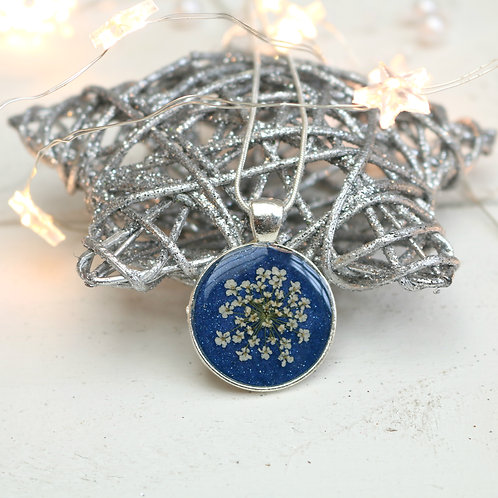 Silver necklace in blue shimmer, with real Queen Anne's Lace flower