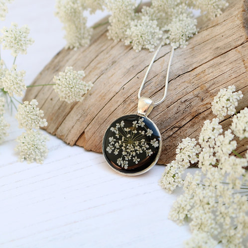 Silver necklace in Jet black, with real Queen Anne's Lace flower