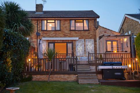 HOUSE_NIGHT.jpg