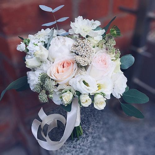 светлый букет невесты