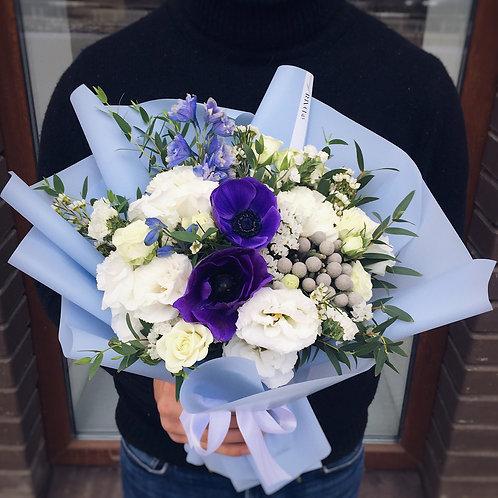 Букет цветов с анемоном
