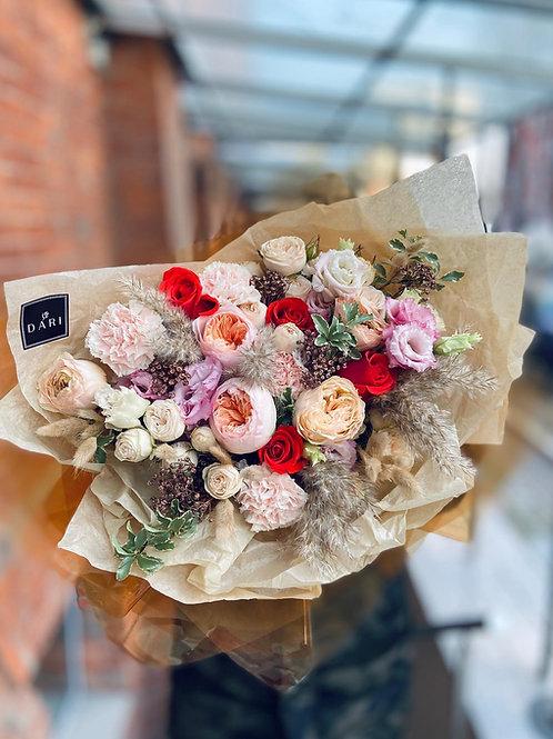 Авторский букет цветов