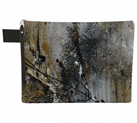 pochette en tissu noir et or vu de face, produit dérivé de l'oeuvre abstraite de l'artiste peintre Gisèle Vivier