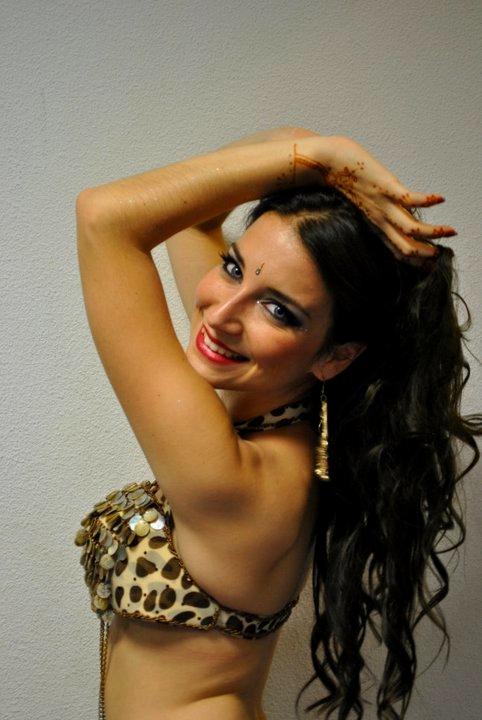 Neila El Helwa Danse Orientale Bordeaux (46).jpg