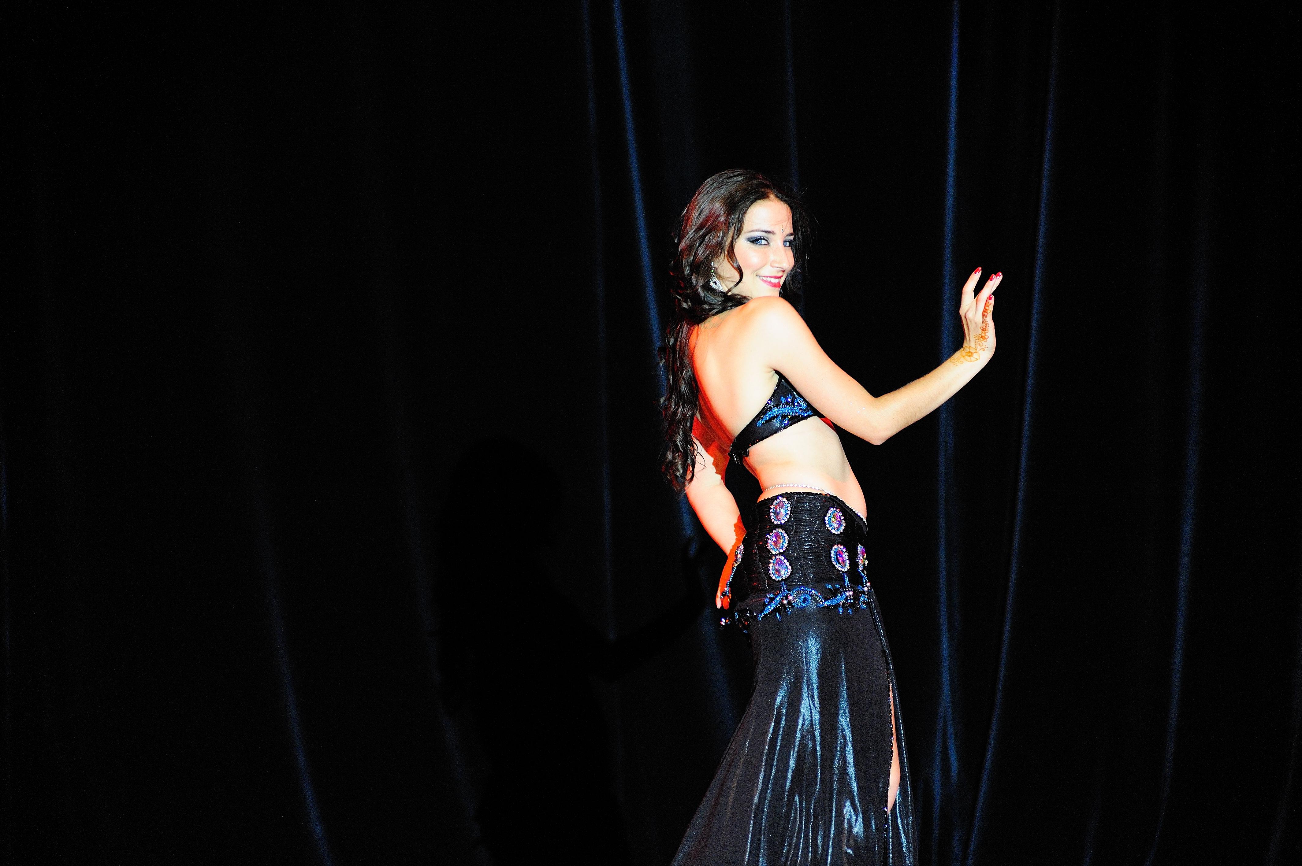Neila El Helwa Danse Orientale Bordeaux (13).jpg