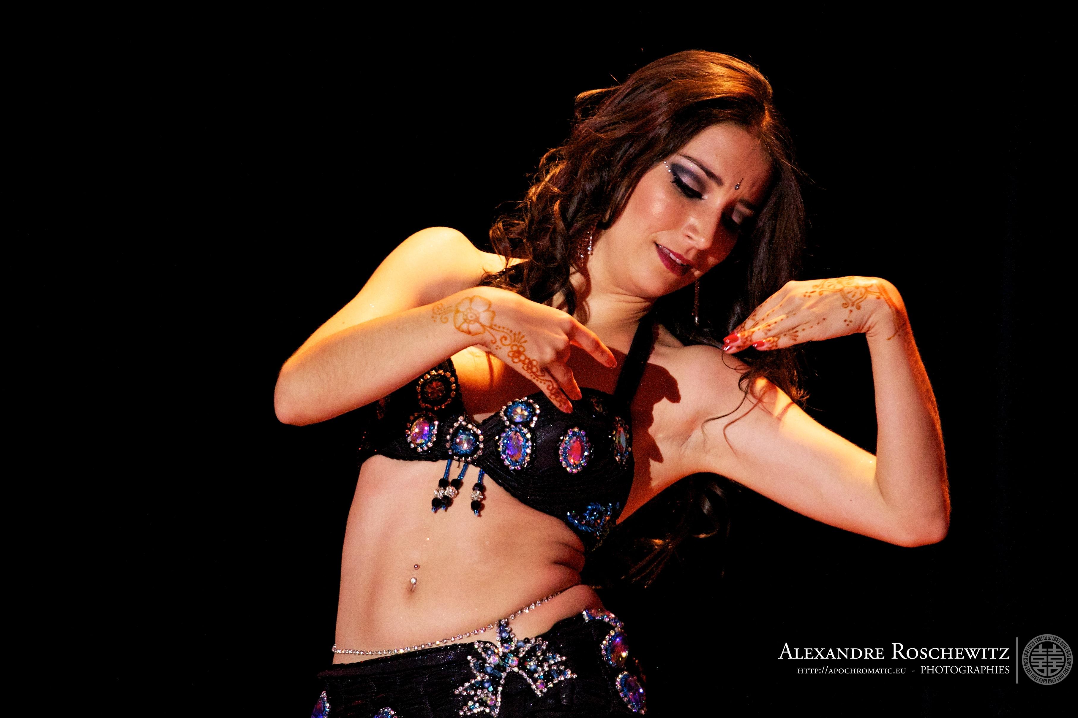 Neila El Helwa Danse Orientale Bordeaux (37).jpg