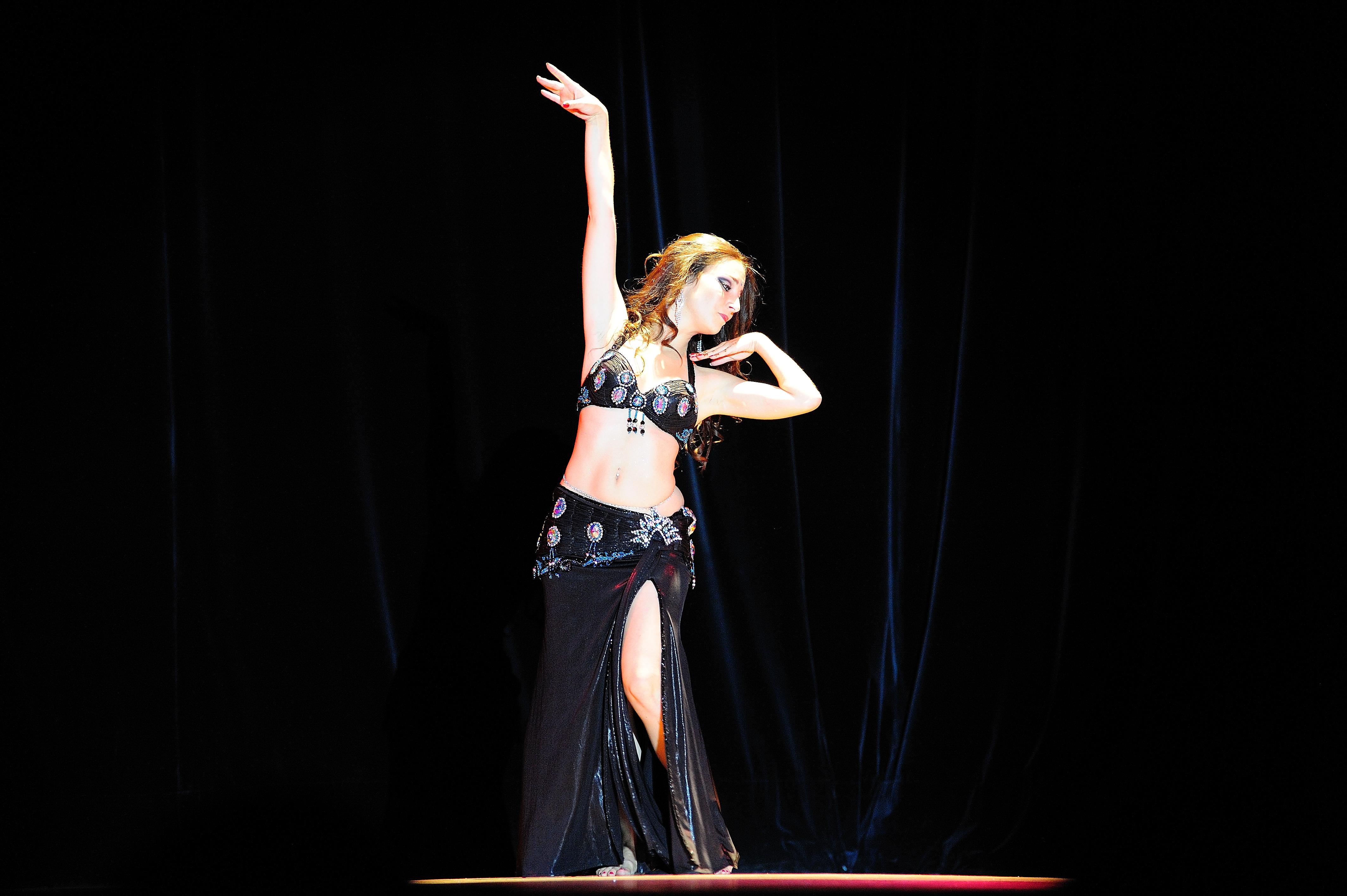 Neila El Helwa Danse Orientale Bordeaux (9).jpg