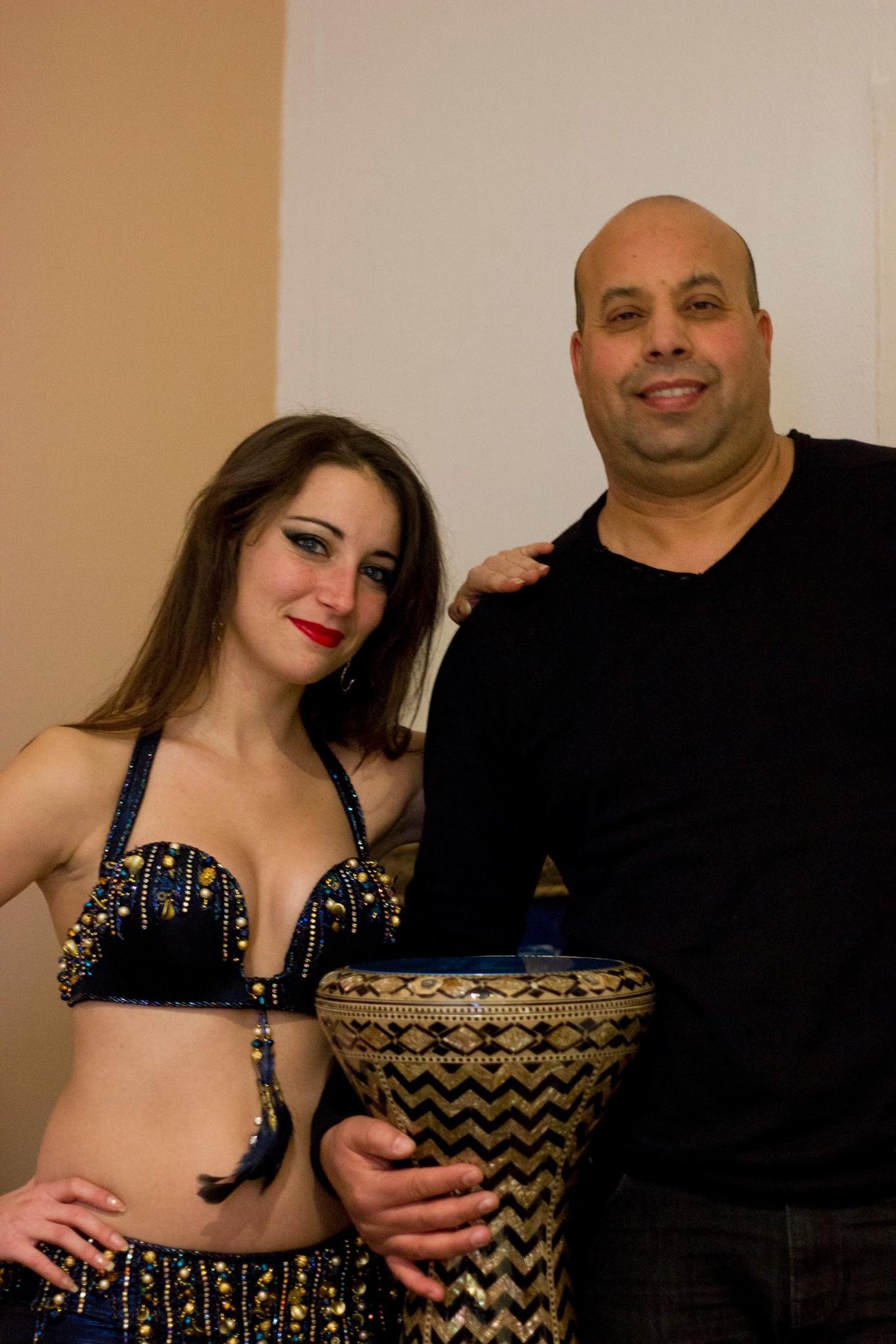 Neïla el helwa &mohamed percussionniste.jpg