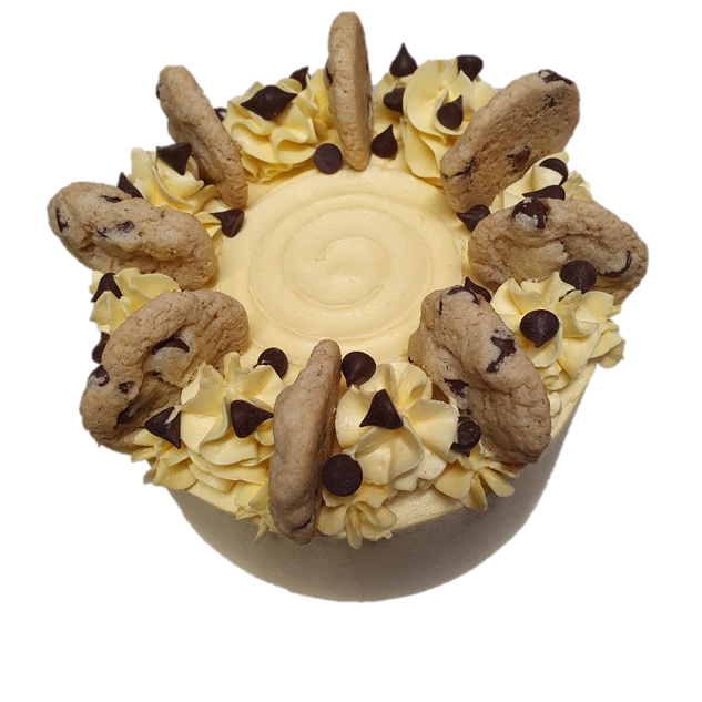 coloured yellow buttercream with choc ch