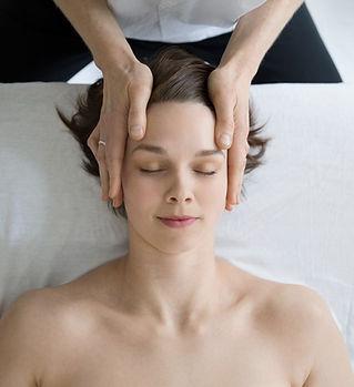 Head Massage_edited_edited.jpg