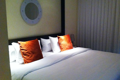 Queen Bed - Per Person (Single)