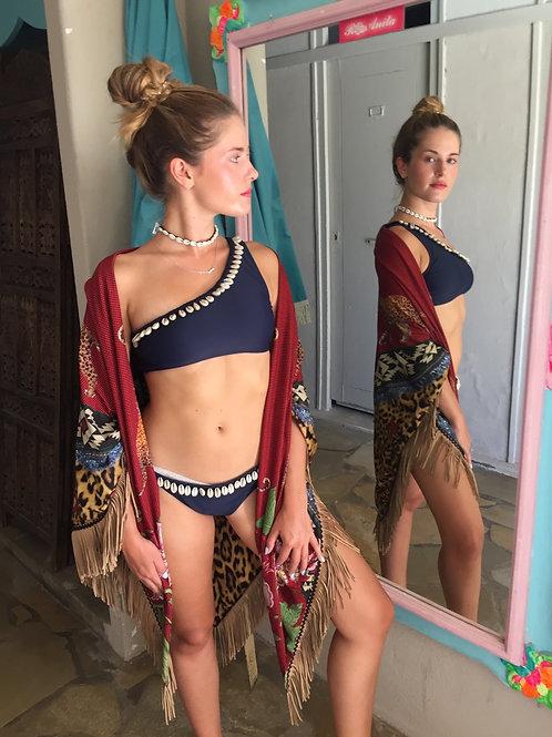 Bikini timothy de Amenapih
