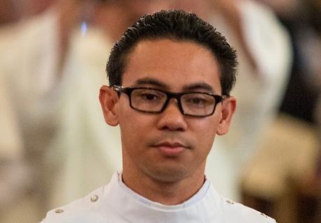 Fr Vitorino LorescaPNG.png