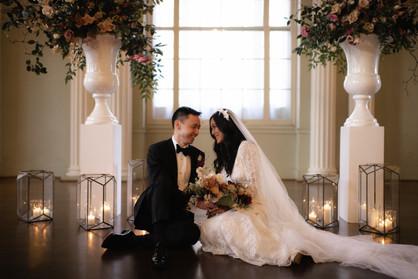 samara_floral_wedding_flowers_bride_groom_couple_bouquet_biltmore_ballrooms_beautiful_romantic_modern_romance_bride_groom_bouquet