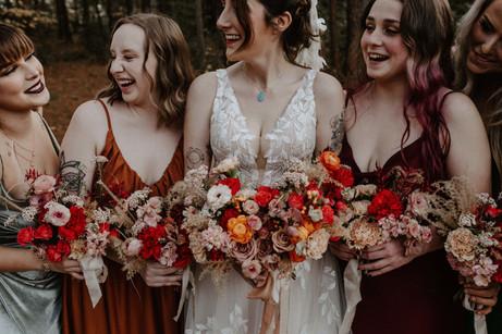 samara_floral_natural_organic_wedding_florist_modern_roses_pink_red_bridesmaids_bridal_bouquets