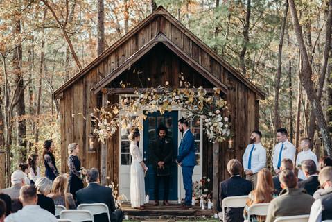samara_floral_wedding_flowers_atlanta_georgia_neutral_white_fall_autumn_november