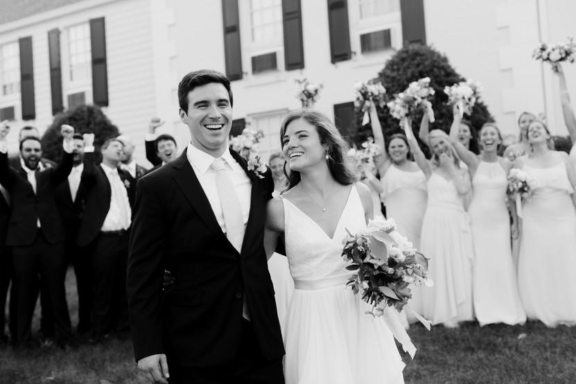 samara_floral_atlanta_wedding_design_bridesmaids_organic_natural_wedding_flowers_modern_bride_bridal_party_bouquets_ceremony_bride_groom_couple