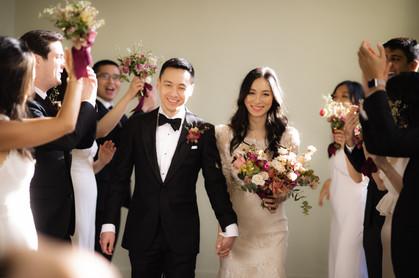 samara_floral_wedding_flowers_bride_groom_couple_bouquet_biltmore_ballrooms_beautiful_romantic_modern_romance_bridal_party