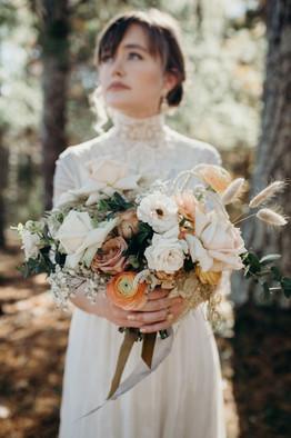 samara_floral_wedding_florist_atlanta_bride_organic_nature_wild_natural_bridal_bouquet