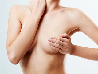 Sur le marché de l'esthétique, la prothèse mammaire a moins la cote La mode n'est plus aux lifting e
