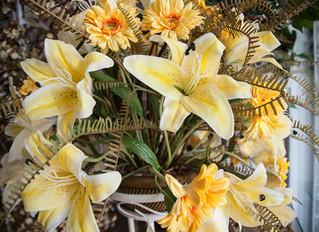 Como Ganhar Dinheiro com Arranjos de Flores Artificiais