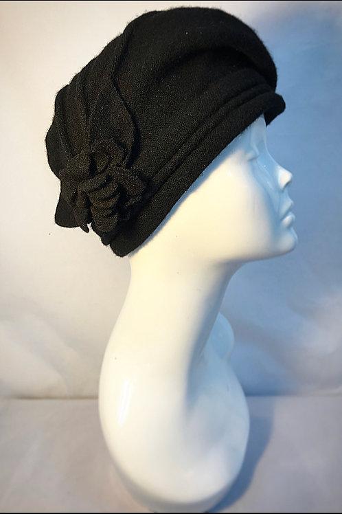black vintage style beret