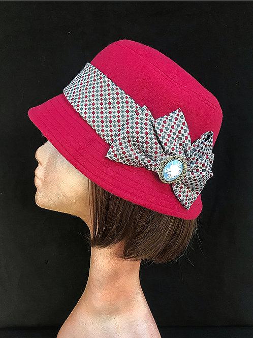 Best UK red hats