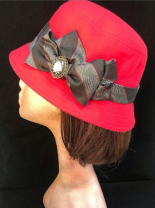 Red cloche wool hat
