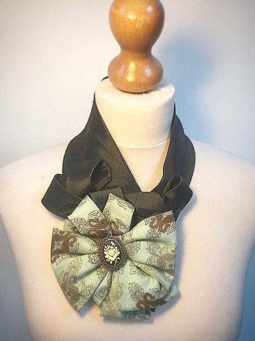 Green cameo cravat
