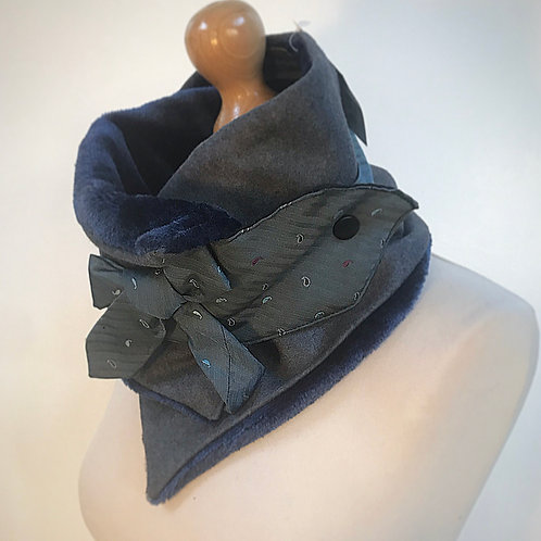Blue grey neckwarmer