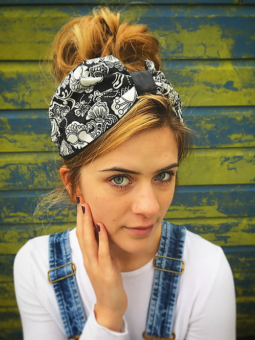 Black paisley print turban band