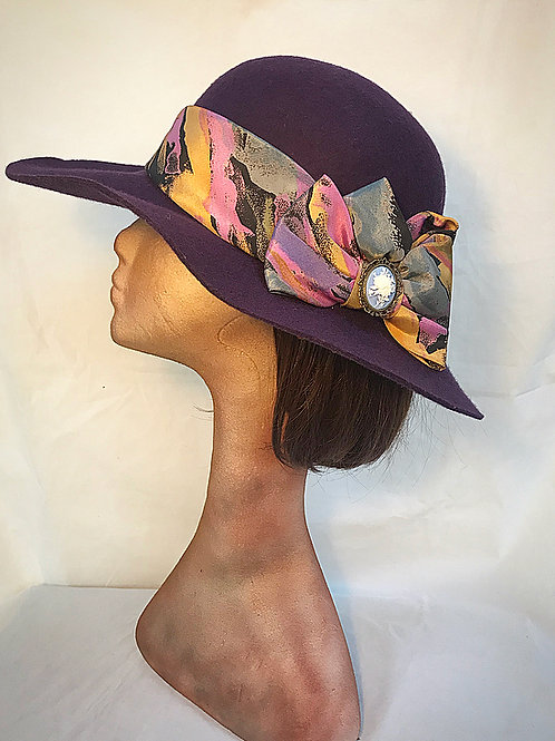 Purple print band hat