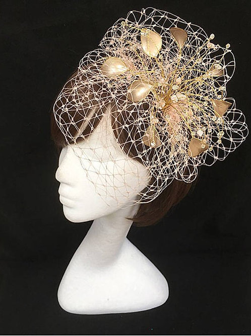 Gold and nude pink fascinator