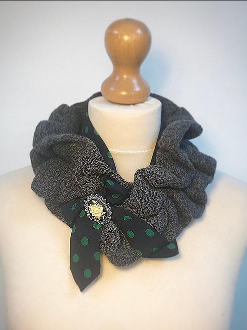 Grey spot ruffle cravat