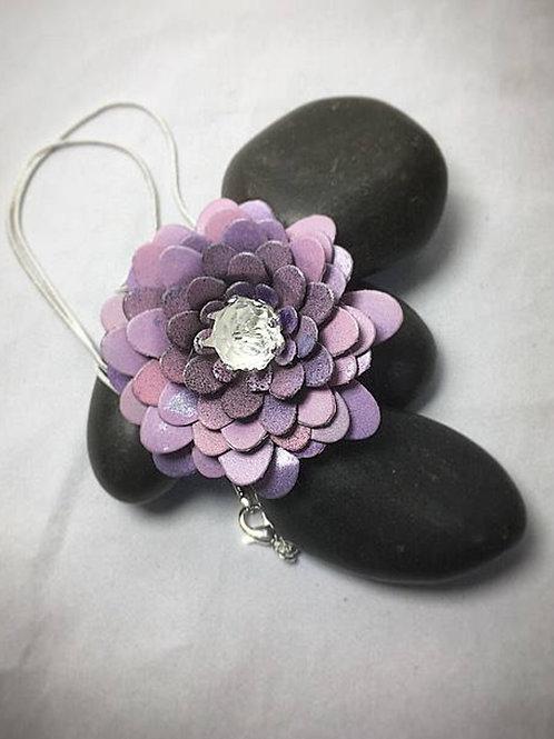 Pale lilac necklace